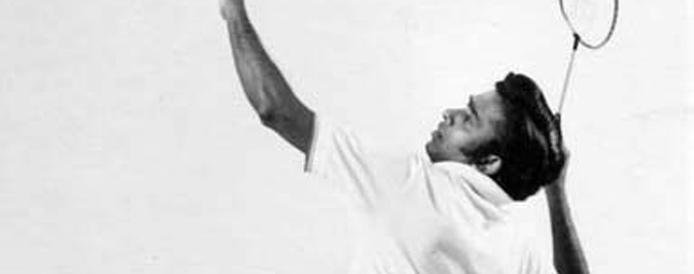 Badminton-Punch Gunalan